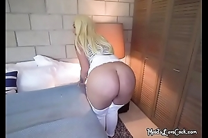 Hot Maid Alexis Andrews Lets Boss Wear Her Booty