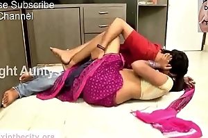Swathi Naidu Young Indian Girl Clip First Time Very Hot Sex