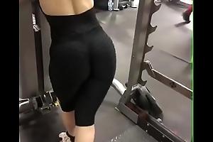 Superculo en el gym II