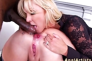 Anal sluts cunt fisted