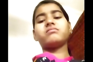 Young girl selfie be proper of boyfriend
