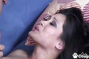 Jessica Bangkok Sucks Dick Allied to An Asian